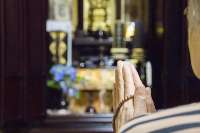 実は意外と発生している!礼拝所不敬罪とは?